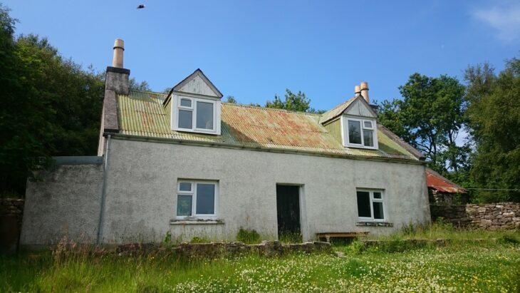 Isle martin croft house