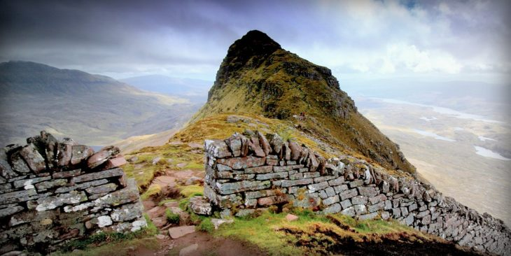 The impressive stone wall on the ridge of Suilven. Photo © Chris Goodman