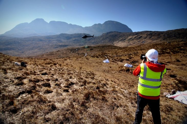 Chris Puddephatt taking pictures of the airlift. Photo © Chris Goodman