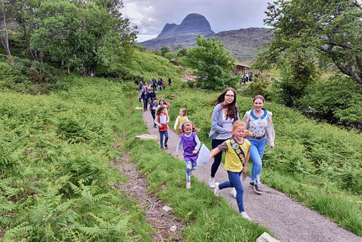 Enjoying the Glencanisp Nature Trail © Chris Puddephatt