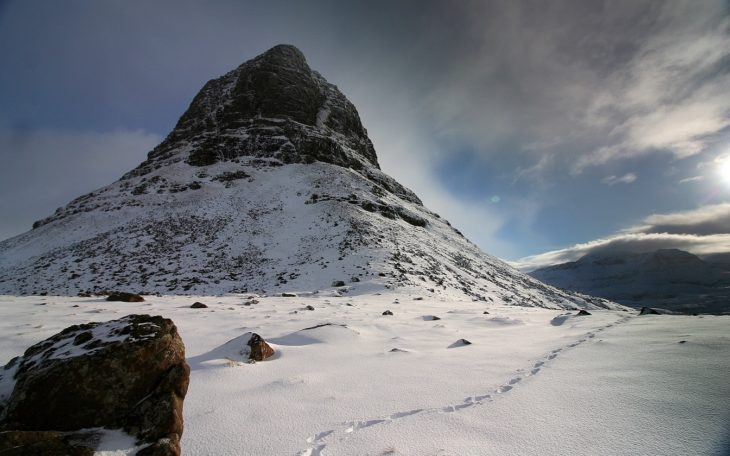 Suilven on a fine Winter's day. Photo © Chris Goodman.