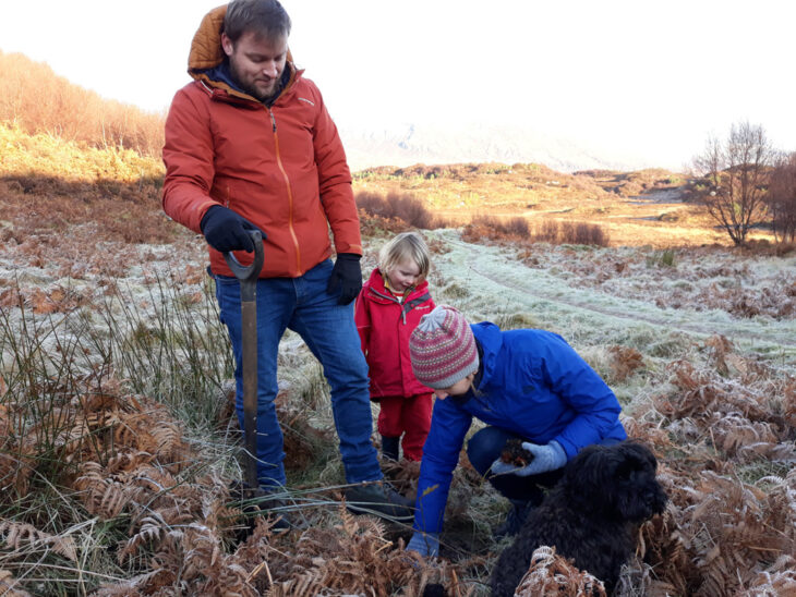 Tree planting fun for all the family © Chris Puddephatt
